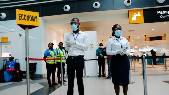 ghana-airport-officials